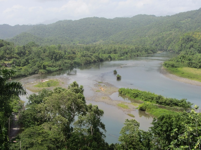 File photo provided by the United Nations Educational, Scientific and Cultural Organization (UNESCO) shows the Rio Grande in Jamaica's Blue and John Crow Mountains National Park. The UNESCO listed Jamaica's Blue and John Crow Mountains National Park as world heritage on July 3, 2015. (Xinhua)