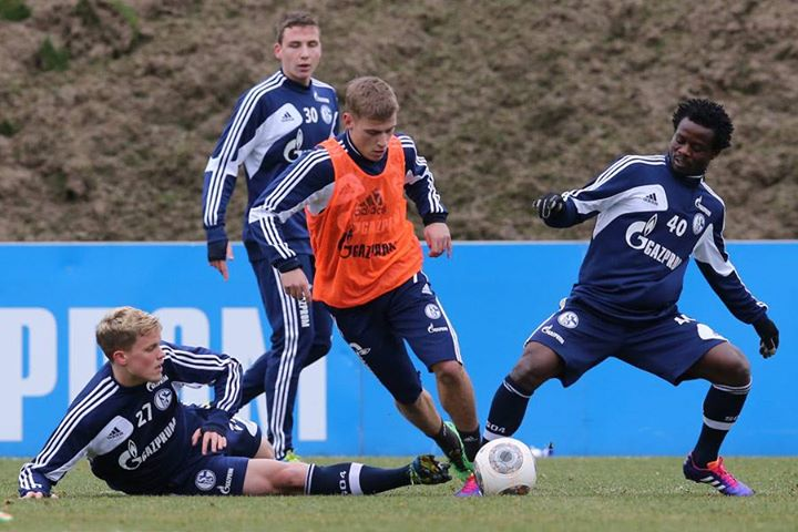 Wpid Anthony Annan Trained With Schalke This Week But Failed To Make Their Squad For Their Game On Friday