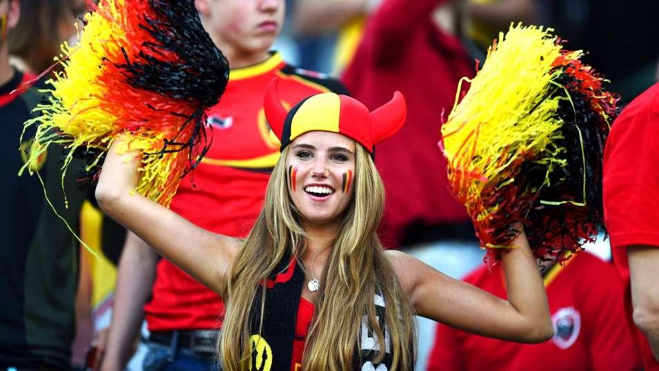 071014-Soccer-Belgium-fan-JW-PI.vadapt.955.medium.67