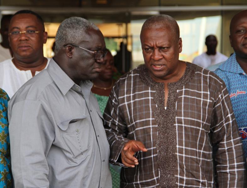 Kofi Asamoah in talks with President John Mahama