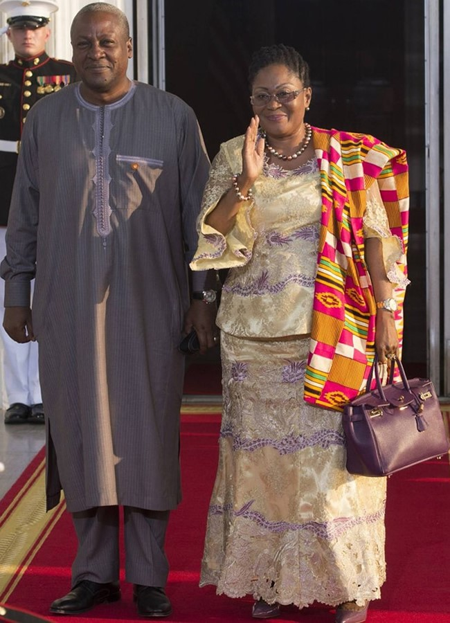 President John Mahama and Lordina Mahama: Ghana?s Mahama held a wine-colored, medium size double-handled bag that had all the markings of a Hermes Birkin