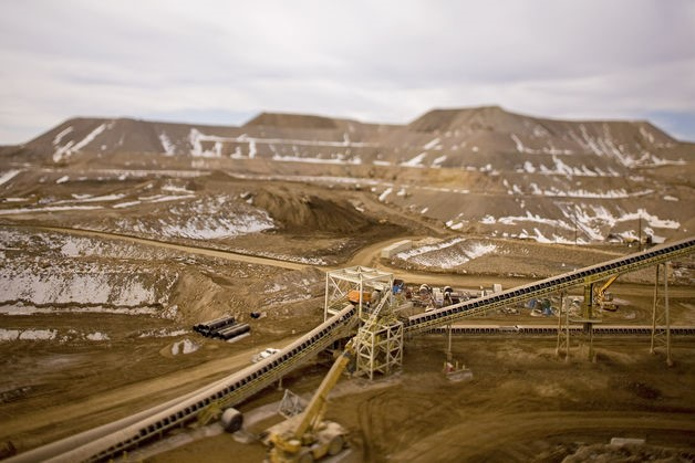 ? A conveyor belt and crusher at the one of Anglogold Mine
