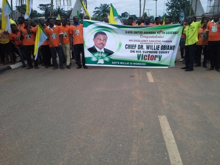 Anambra Youths rejoice with Obiano