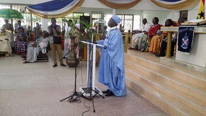 Rev. Awuku-Gyampoh addressing the gathering