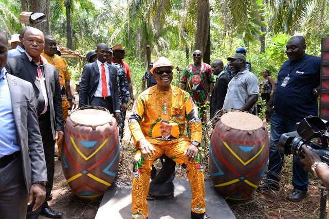 Governor of Anambra State Chief Willie Obiano, at the Place of the talking drums during the governor?s visit to GUS contestants at Ude Ovulu jungle Aguleri, Anambra State over the weekend