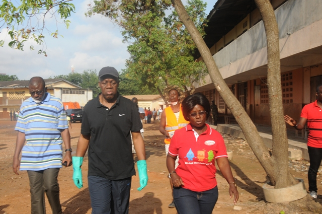 Vice President Amissah-Arthur and Isaac Nii Vanderpuje, Deputy Greater Accra Minister, at the Clean-up exercise