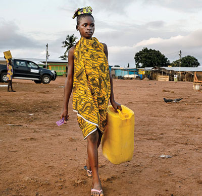 A lady in search of water.