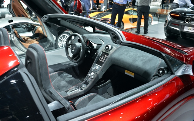 A Mclaren super car is displayed at the New York International Auto Show in New York, the United States, April 2, 2015. A new breed of supercars that are said to have taken speed, power and automotive technology to new levels will be showcased at the 2015 New York International Automobile Show (NYIAS), scheduled to be held from April 3-12 at the Jacob K. Javits Convention Center in Manhattan, New York. (Xinhua/Wang Lei)