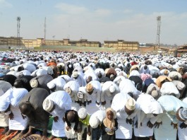 Muslim faithfuls take part in the Eid al-Fitr prayers at Nakivubo stadium in Kampala, capital of Uganda, July 17, 2015. Muslim faithful in Uganda on Friday attended the Eid al-Fitr prayers which marks the end of Ramadan. Sheikh Ramadhan Mubajje, the Mufti of Uganda who led the prayers asked Muslims to be vigilant with their lives and security, following the increasing killings of Sheikhs in Uganda. (Xinhua/Joseph Kiggundu)
