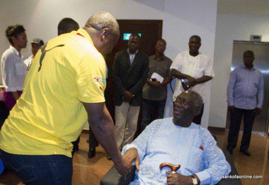 Ex-Ghana defender John Kuffour meets with John Mahama