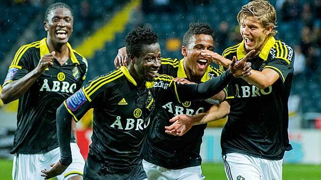 Ebenezer Ofori celebrating his goal for AIK Stockholm.