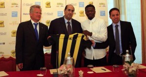 Ghana midfielder Sulley Muntari has joined his compatriot Asamoah Gyan in the league of highest paid footballers in the world after sealing the bumper move to Saudi Arabian side Al Ittihad, GHANAsoccernet.com can exclusively reveal.