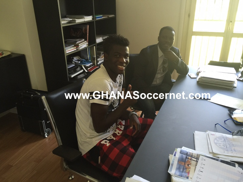 Godfred Donsah and his agent Oliver Arthur at Bologna secretariat to finalize his move.