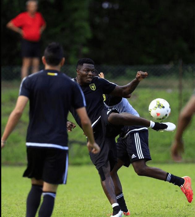 Sulley Muntari training with Al Ittihad.