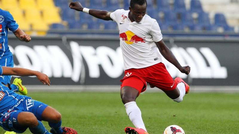 Raphael Dwamena was sent off while in action for Liefering