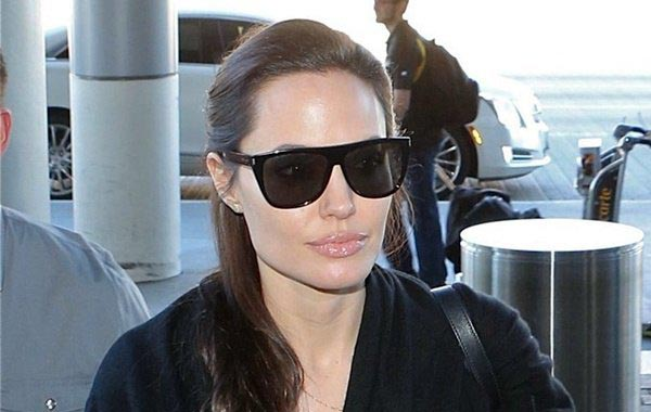 angelina-jolie-is-not-on-the-verge-of-dying