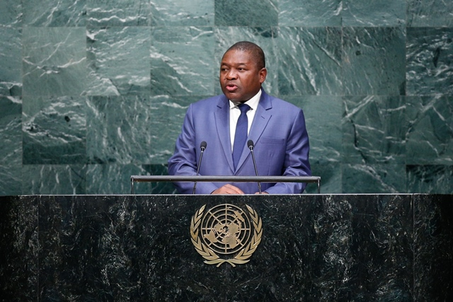 Mozambique's President Filipe Jacinto Nyusi speaks at the Sustainable Development Summit at United Nations headquarters in New York, the United States, Sept. 26, 2015. (Xinhua/Li Muzi) (lrz)