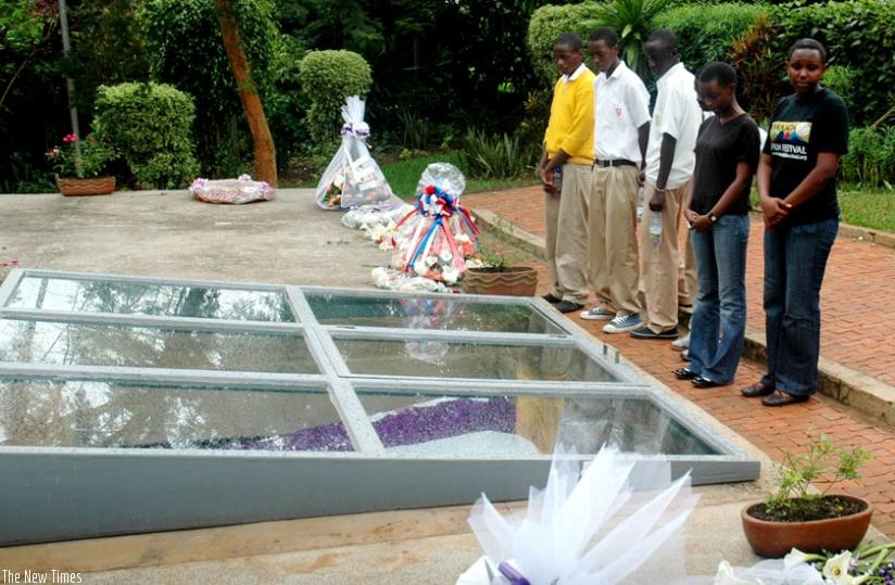 Students pay respects at a mass grave containing remains of Genocide victims at Kigali Genocide Memorial Centre. (File)