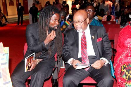 Rocky Dawuni with Ambasador Smith