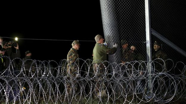 Hungarian soldiers close border with Croatia near village of Zakany. 17 October, 2015