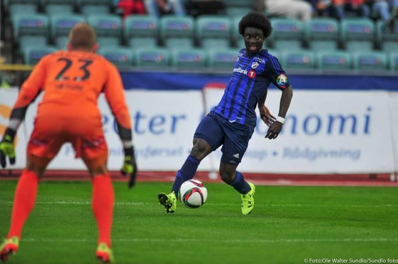 Ernest Asante in action for Stabaek