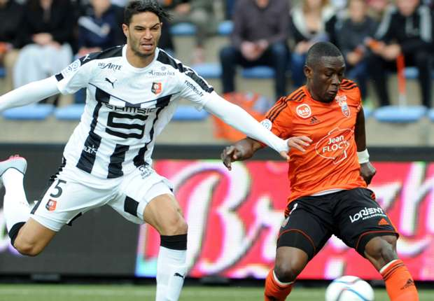 Waris assisted the goal for Lorient