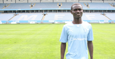 Ghana midfielder Enoch Adu Kofi excelled as his Swedish club Malmo picked up their first points in this season?s Champions League after defeating Shakhtar Donetsk 1-0 in Group A on Wednesday night.