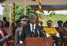Vice President Amissah Arthur addressing the graduating parade