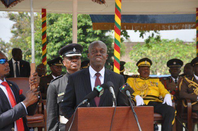 Vice President Amissah Arthur addressing the graduating parade