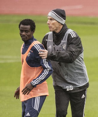 Anthony Annan training at Stabaek with departed trainer Bob Bradley