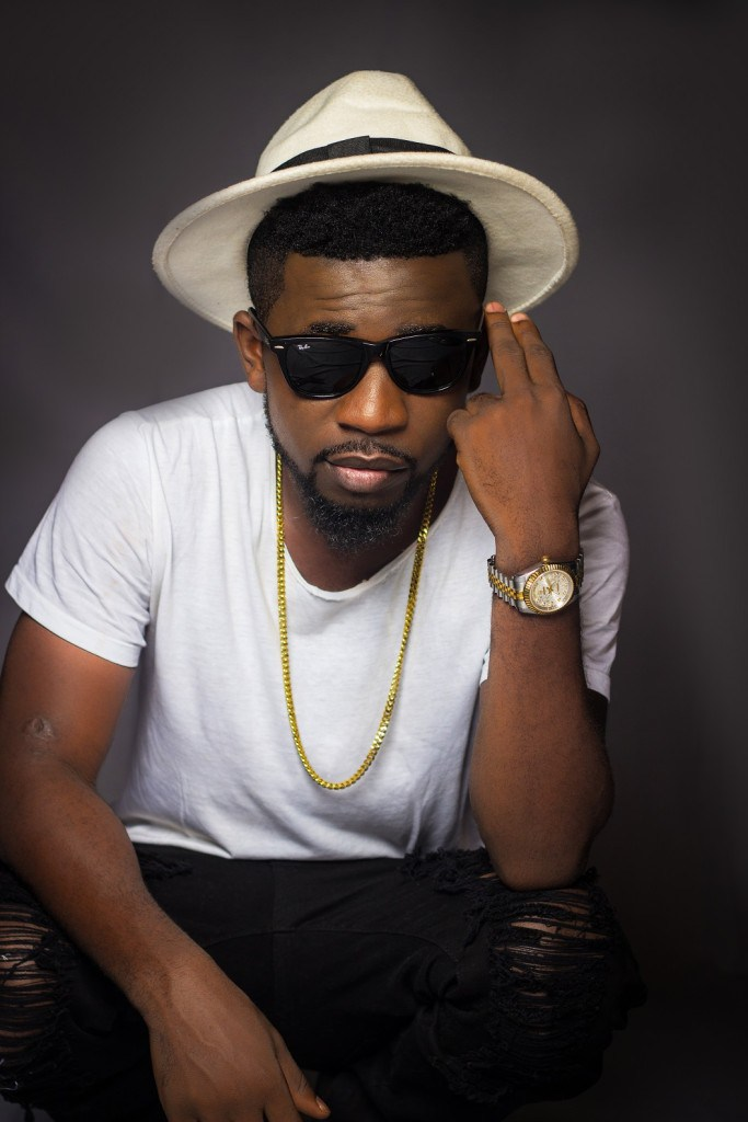 Bisa-Kdei-BreakThrough-Album-3-683x1024
