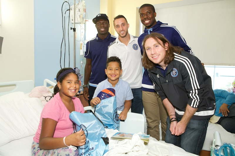 Kwadwo Poku and New York City FC players visit hospitals in New York.
