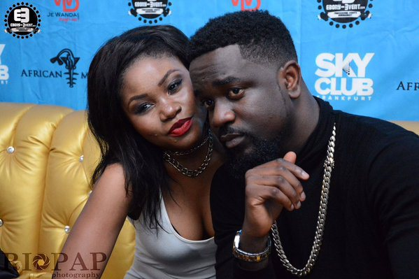 sarkodie and fan 2