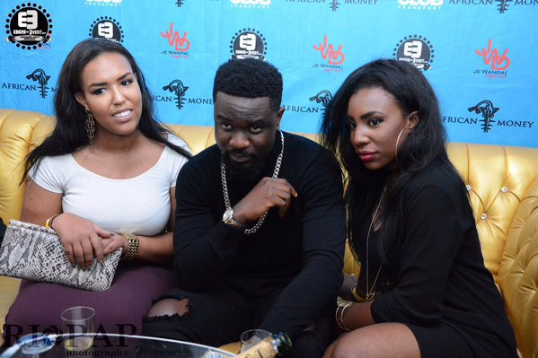 sarkodie and fan 4