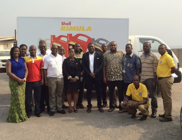 Picture 1- The Managing Director of Vivo Energy Ghana, Mr Ebenezer Faulkner (fifth from left) with some distributors and staff after the presentation (1) (1)