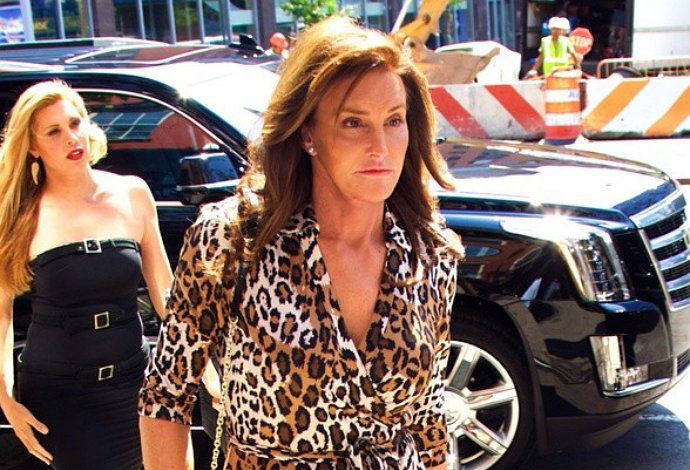 caitlyn-jenner-cancels-speaking-tour-due-to-slow-ticket-sales