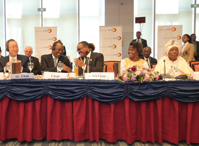 From left to right: U.N. Secretary-General Ban Ki-moon, H.E. Hailemariam Dessalegn, Prime Minister of the Federal Democratic Republic of Ethiopia, the outgoing chair of ALMA, H.E. Idriss Déby President of Chad, the new chair of ALMA, Joy Phumaphi, Executive Secretary of ALMA, H.E Dr. Nkosazana Dlamini Zuma, Chairperson of the African Union