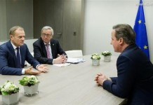 European Council President Donald Tusk, European Commission President Jean-Claude Juncker and British Prime Minister David Cameron (from L to R) hold a meeting at the European Council in Brussels, Belgium, early Feb. 19, 2016. (Xinhua/The European Union)