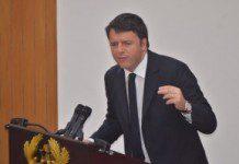 Italian Prime Minister, Matteo Renzi addressing Ghana's Parliament