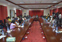 Dr. Obeng Wiredu addressing cattle farmers