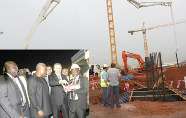 President Erdoğan symbolically pressing a button to pour the first concrete for the start of work on the Terminal 3 project. With him is President Mahama