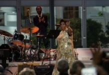 AFP / Nicholas Kamm US singer Aretha Franklin arrives on stage during the International Jazz Day concert at the White House in Washington, DC, on April 29, 2016