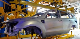 ford-invests-r25-billion-170-million-in-local-production-of-the-all-new-ford-everest-seven-seat-suv_1800x1800