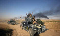 AFP / Ahmad Al-Rubaye Tens of thousands of pro-regime forces have been massed near the Iraqi city of Fallujah ahead of the offensive to retake the city which was seized by Islamic State fighters in 2014