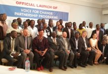 Dignitaries and some participants at the launch.