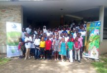 A group picture of participants and facilitators.
