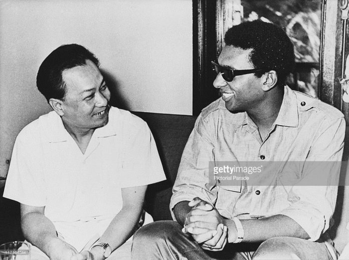 Stokely Carmichael with Vietnamese youth leader in 1967