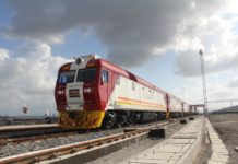 A Chinese-made train on Kenya's Mombasa-Nairobi Railway, an important railway line in East Africa. (Photo by Li Zhiwei from People's Daily)