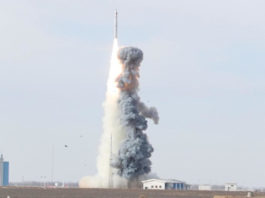 The Long March-11 rocket, a solid propellant carrier developed by China Aerospace Science and Technology Corporation, launches six small satellites into orbit from the Jiuquan Satellite Launch Center in northwest China on January 19. (Photo by Xie Shangguo from People's Daily Online)