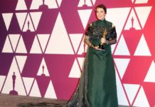 olivia colman at the oscars